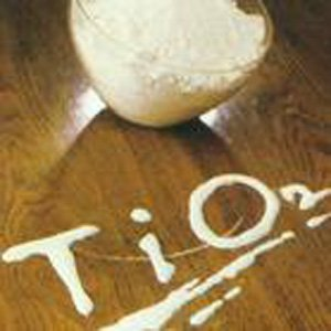 oil_and_water_soluble_titanium_dioxide_tio2_powder_cosmetic_grade.jpg